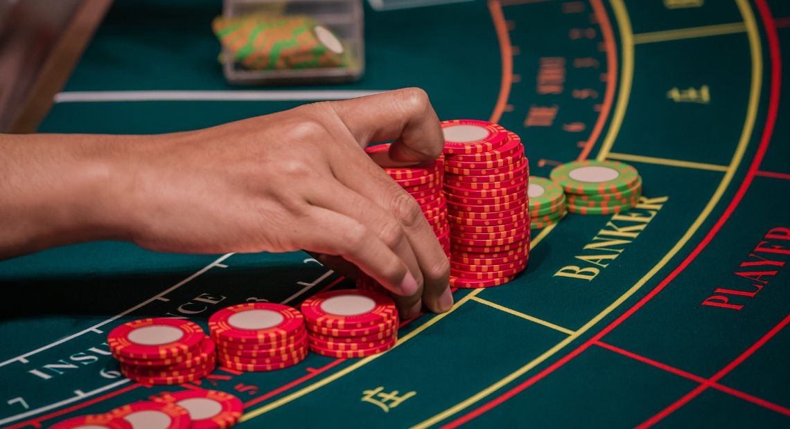 Can Not Touch This: Real Slot Machines Controlled Online